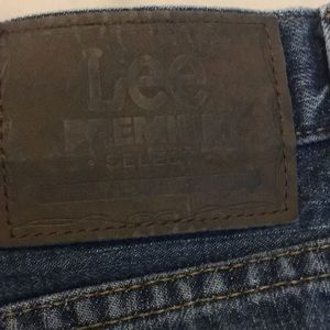 Lee Premium Relaxed Straight Leg Jeans 42Wx32L